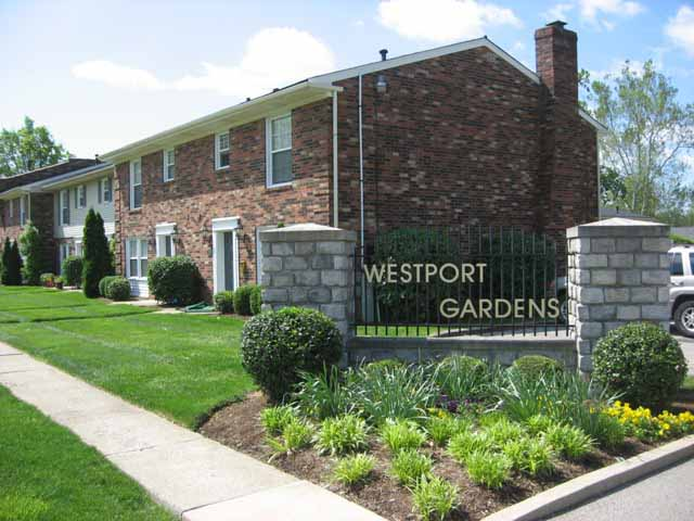 Saw A House For Sale, But Not Sure If Itu0027s In Westport Gardens? Streets In  The Westport Gardens Or The Commons Of Westport Gardens Condominiums  Include: ...